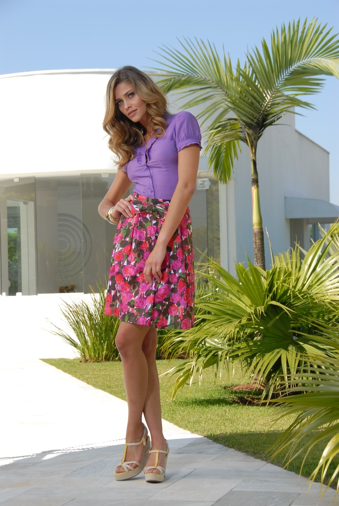 Ana Beatriz Barros